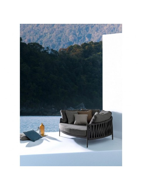RAFAEL DAYBED